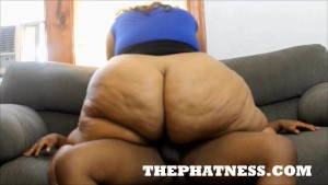 JUICY BOMSHELL SEXY SSBBW POUNDED