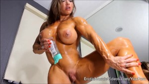 EroticMuscleVideos Oiling Sens