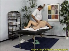 moms massage with happy end