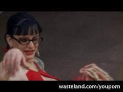 Femdom Mistress Bella Vendetta Trains Her Goth Sub How To Eat Pussy