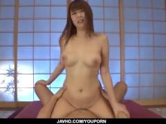 Hitomi Kitagawa dashing fuck sensations on cam