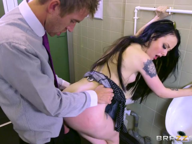 Brazzers - by Bosses Daughter, Alessa Savage - Free Porn Videos ...: www.youporn.com/watch/12242895/brazzers-by-bosses-daughter-alessa...