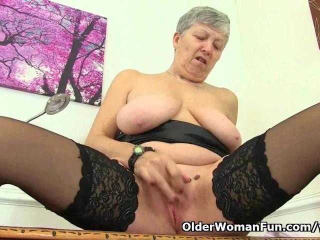 English Granny Free Porn Videos 82