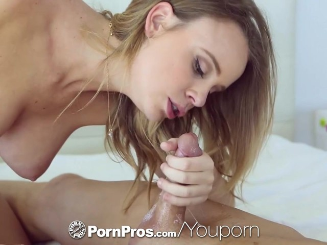 PornPros - Alexis Adams shows her man how she likes her pussy fucked
