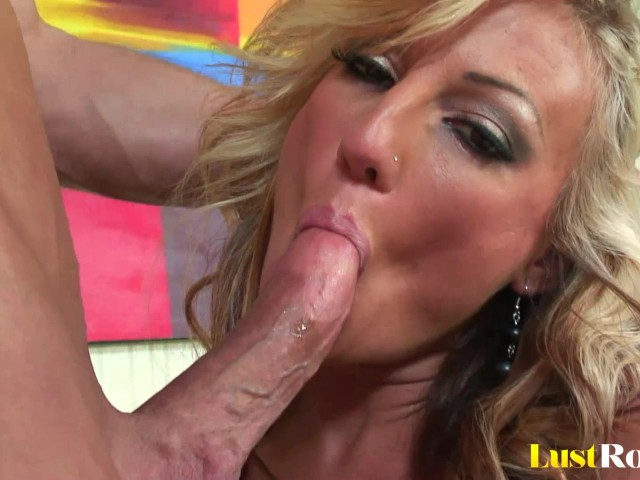 Blonde milf val malone is getting her tight twat stuffed 5