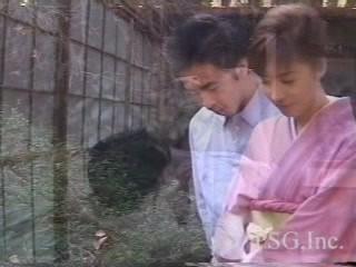 Japanese Hairy Kimono-Lady Make You Come!!