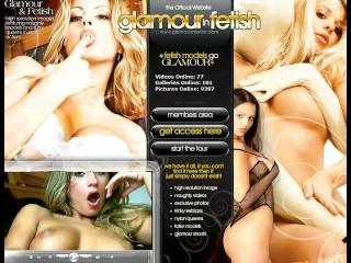 Pornstar Sophie sexy stripping