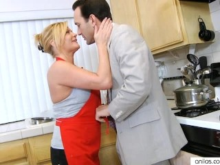 Housewife fucks in kitchen