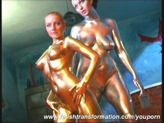 lesian-duo-complete-painted-in-golden-color