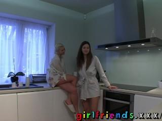 girlfriends-hot-blonde-eats-brunettes-pussy-for-breakfast