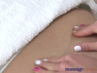 Massage Rooms Petite girl gives big boobs lesbian an orgasm to remember
