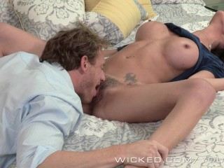 Wicked - Dava Foxx cheats on her husband with stud