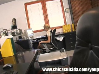 Horny couple got office...