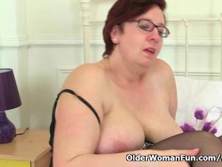 British BBW milf Jayne Storm fucks a dildo
