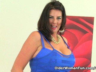Busty and British milf Lulu Lush loves masturbating in fishnet tights...